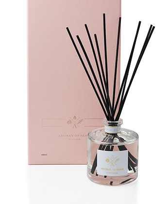 Sandalwood . Lime Reed Diffuser