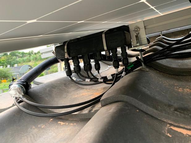 jS1 combiner box - Apr. 17, 2019