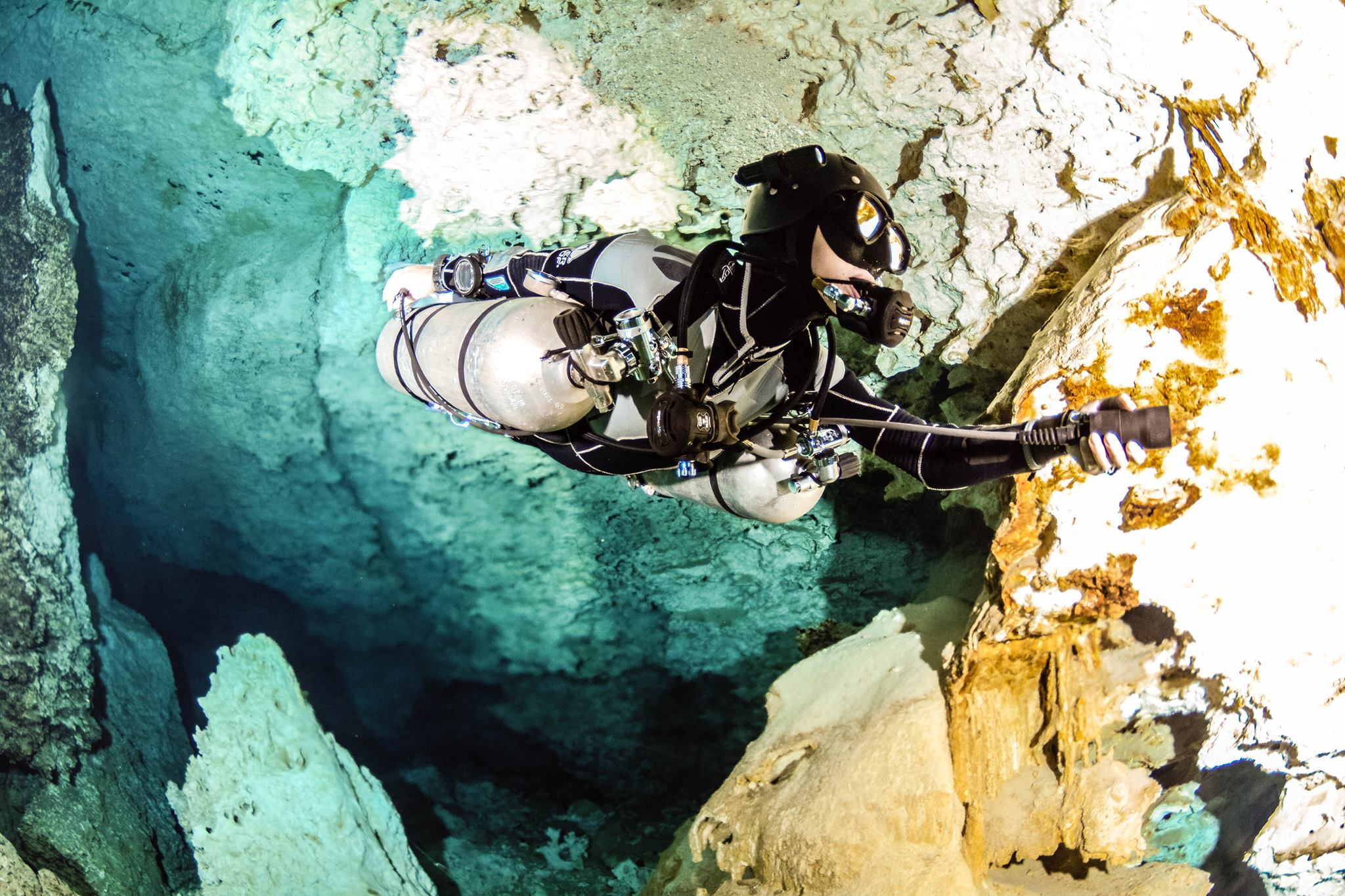 cave diving sidemount diving