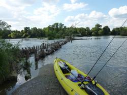 pêcher à partir d'un canoë.JPG