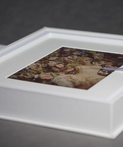 Sample image of folio box from Graphi Studio, photo courtesy of Graphi Studio.