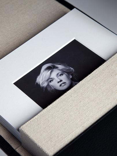 Sample image of Artist's Portrfolio from Graphi Studio, photo courtesy of Graphi Studio.
