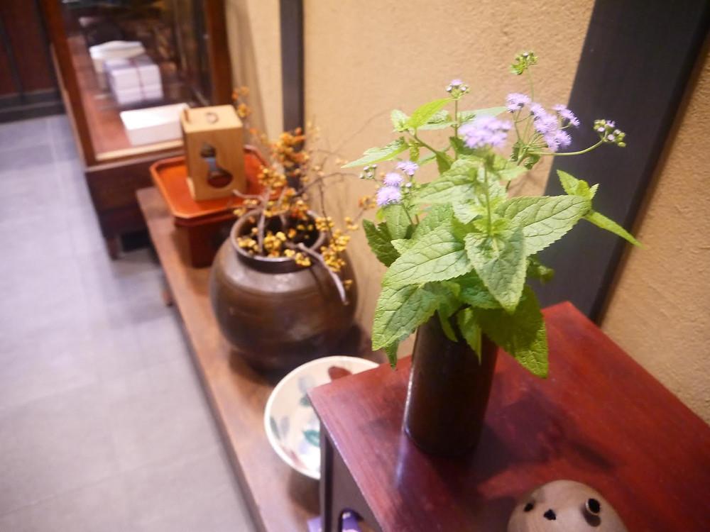 玄関花.jpg