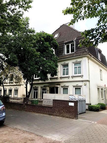 dental labor in Fuhlsbüttel