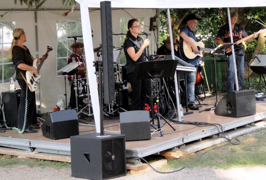 Musik im Park in Erzingen (D) 14