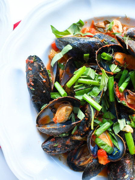 Mussels with Passata Di Pomodoro,Chiles,& Herbs, Human Connection,Gesualdo,The Ronettes & Lil Nas X