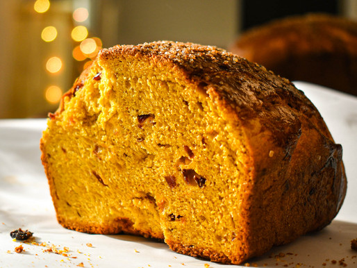"Pumpkin Cranberry Brioche, Why We Love the ""Grinch"", A Motown Christmas & Brahms"