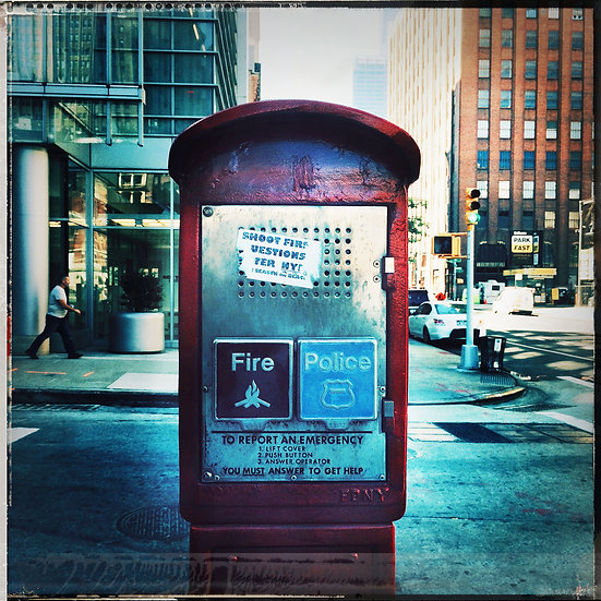 New York photo en couleur cabine tél à un seul exemplaire signé sur papier Arches.