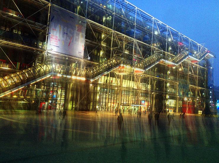 Paris Beaubourg Nuit Chaude