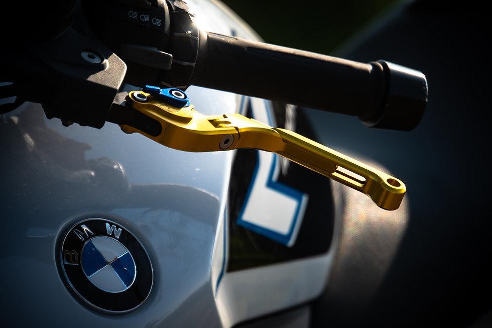 BMW Detail-1.JPG