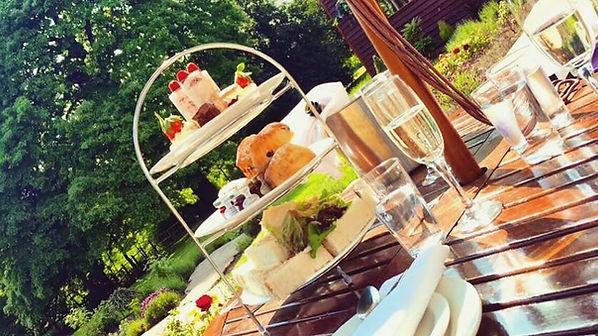 Aston Hall Hotel, Jazz Bedroom, Sheffield, Doncaster, Rotherham, Wedding Venue, Afternoon Tea, Summer Gardens