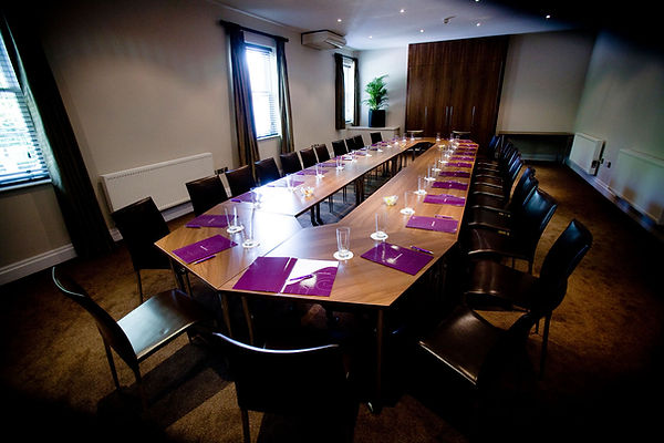 aston-hall-hotel-meeting-space-02-83959.