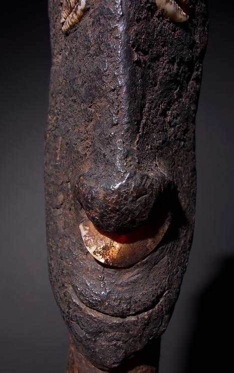 Totemic figural stopper, Papua New Guinea. Ex John Friede