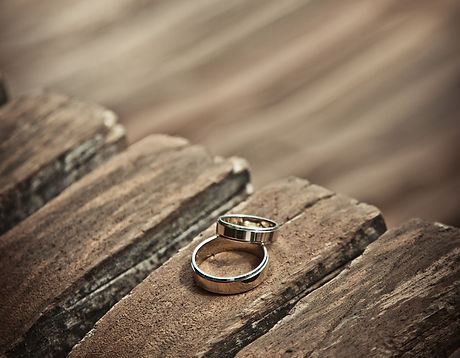 wedding-rings-1246462_1920.jpg