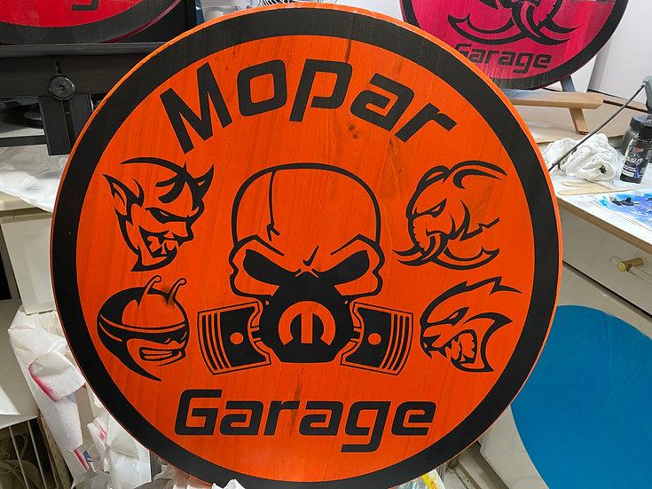 Mopar garage 1