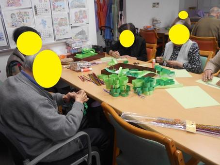「4月の壁掛け作品作り」~サービス付き高齢者向け住宅「麻姑の雅国富」~