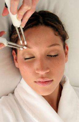 Microcurrent lifts, tones and restores youthful contours.