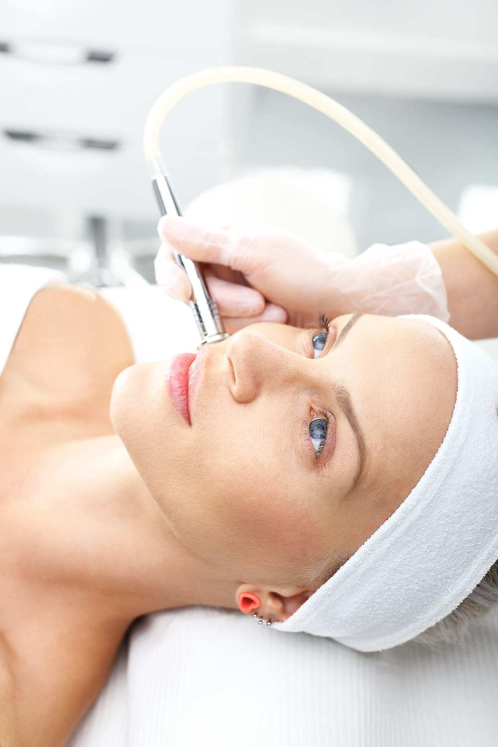 Microdermabrasion gently and effectively polishes and resurfaces the skin.
