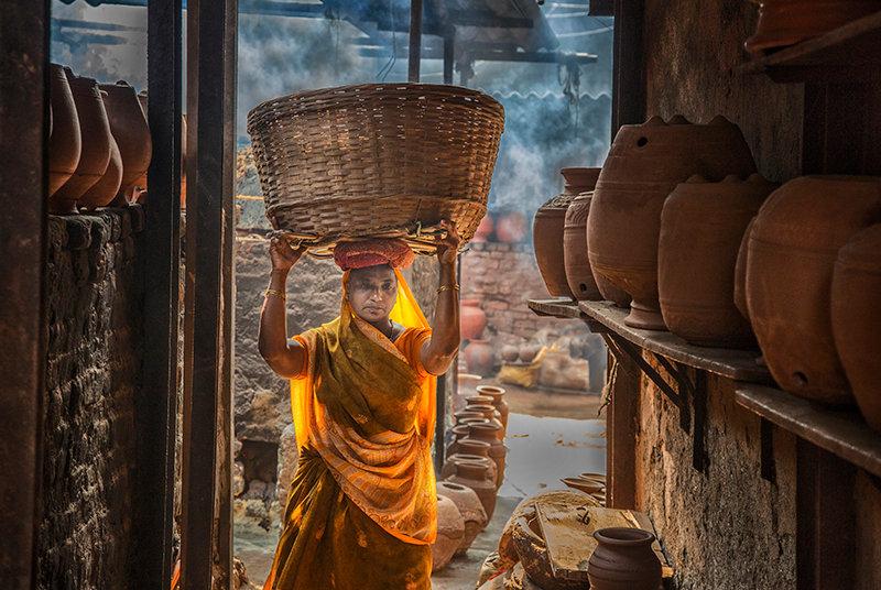 Clay Worker - Mumbai