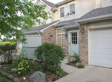 You'll fall in love with this charming 2BR, 1.5 BA Townhome located in Wayne Township!