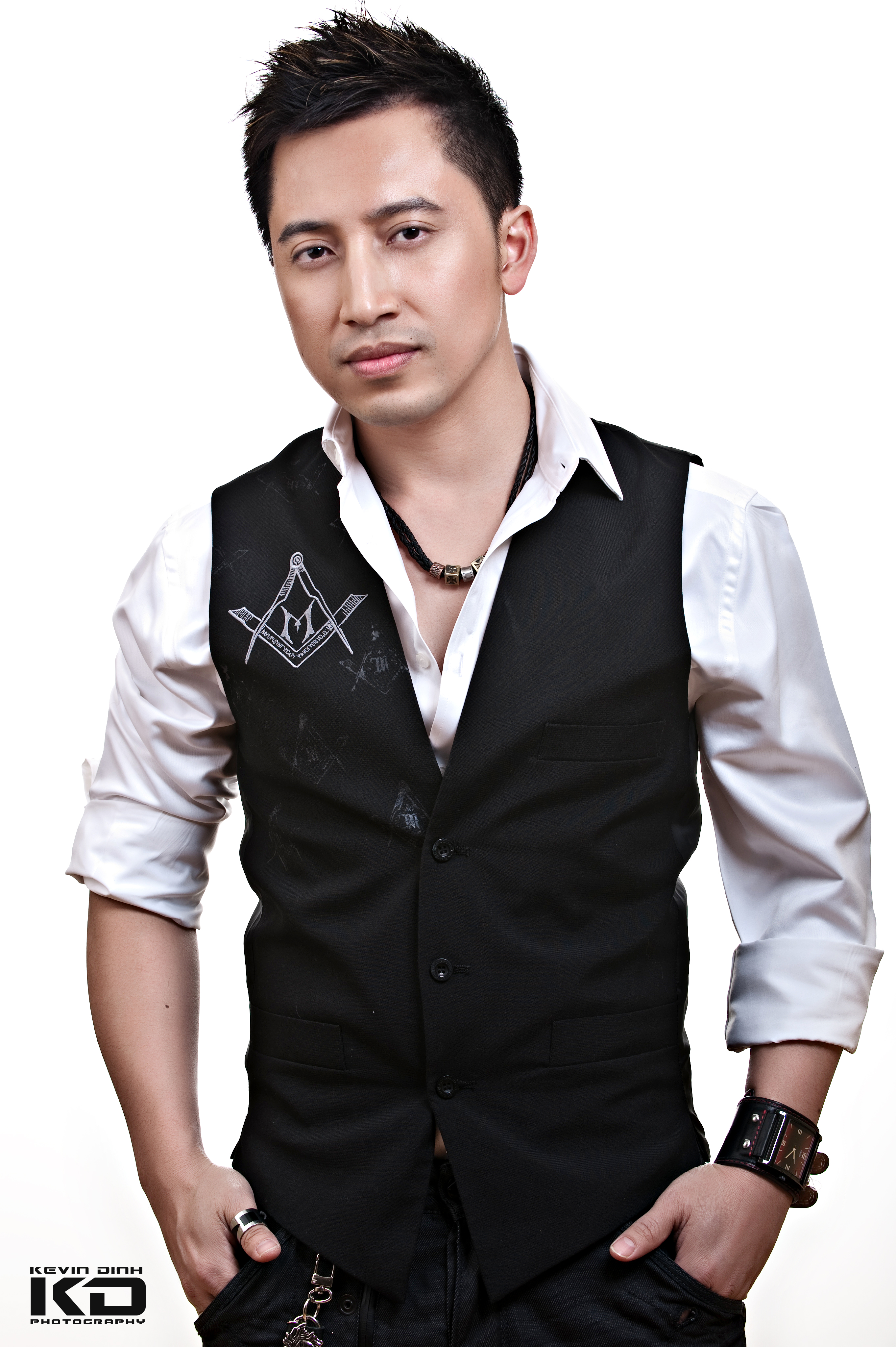 Huy Vu, Singer