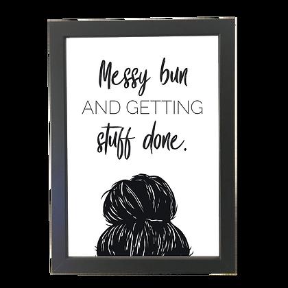 """Messy bun"" plakat"