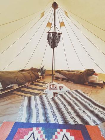 glamping tält sängar.jpeg