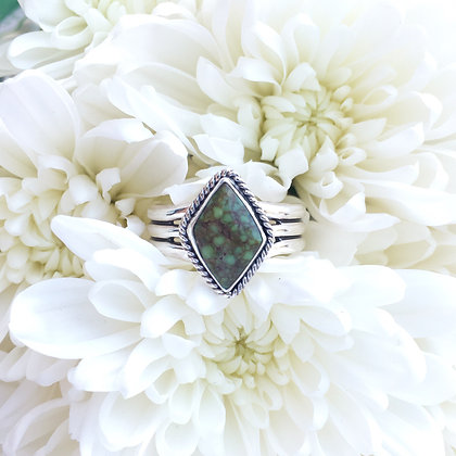 Carico Rhombus Ring   Size 8-8.25