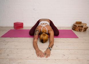 10 YOGA POSES TO DIMINISH BACK PAIN
