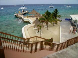 here-s-that-beach-shown.jpg