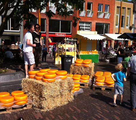 Mercados de queijo na Holanda