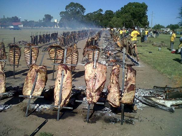 O maior churrasco do mundo - General Pico - Argentina