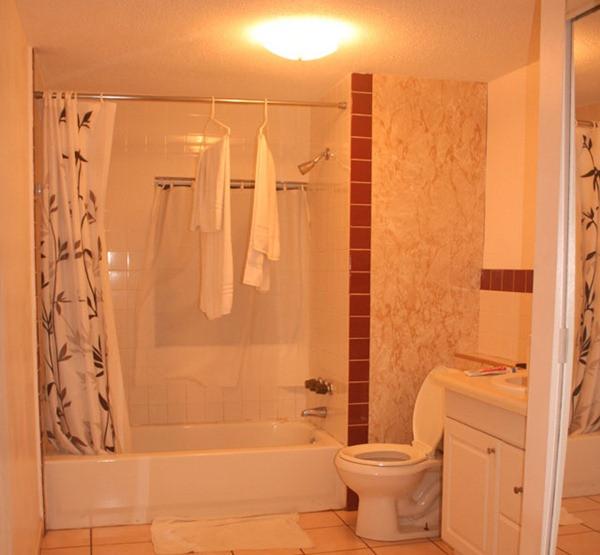 Banheiro - Quarto - Sundeck Motel - Fort Laudardale - Flórida - Eua