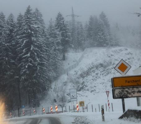 Atravessando a fronteira da Áustria rumo a Itália