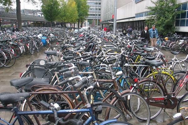 Estacionamento de bicicletas - Amsterdam - Holanda
