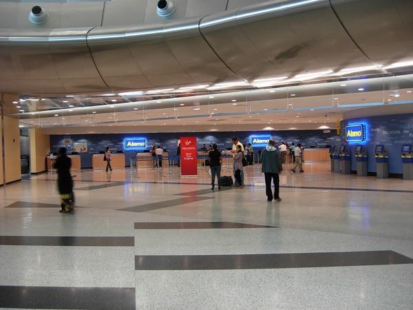 Alamo - Aeroporto - Miami - EUA