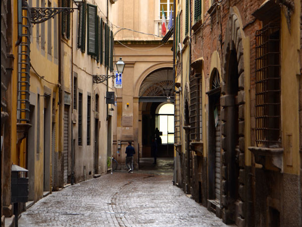 Rua em Lucca - Toscana - Italia