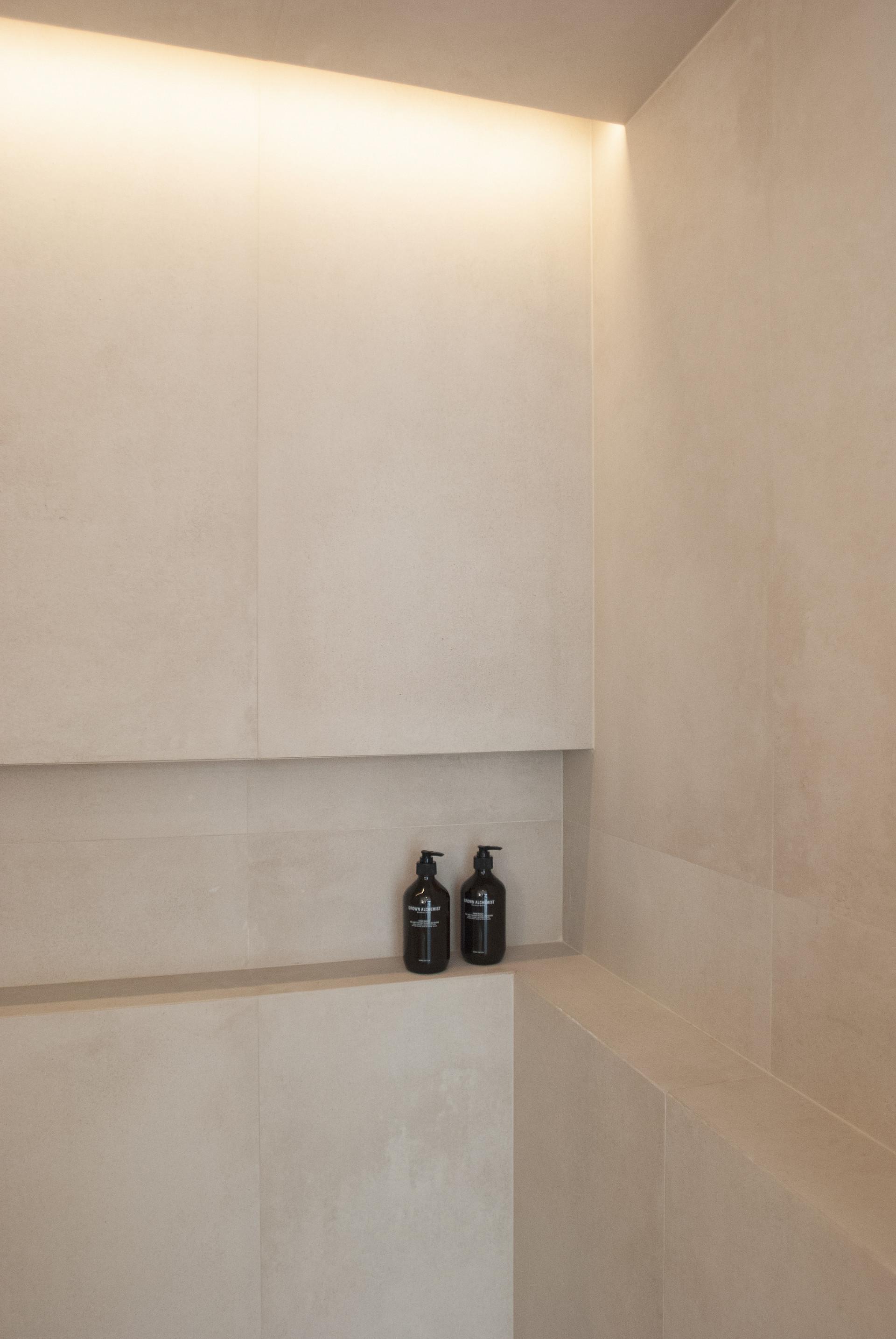 9-H-HOUSE-GUEST-BATHROOM.jpg