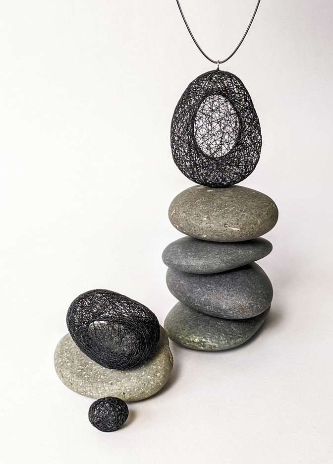 filament-accessories-pendant-black.jpg