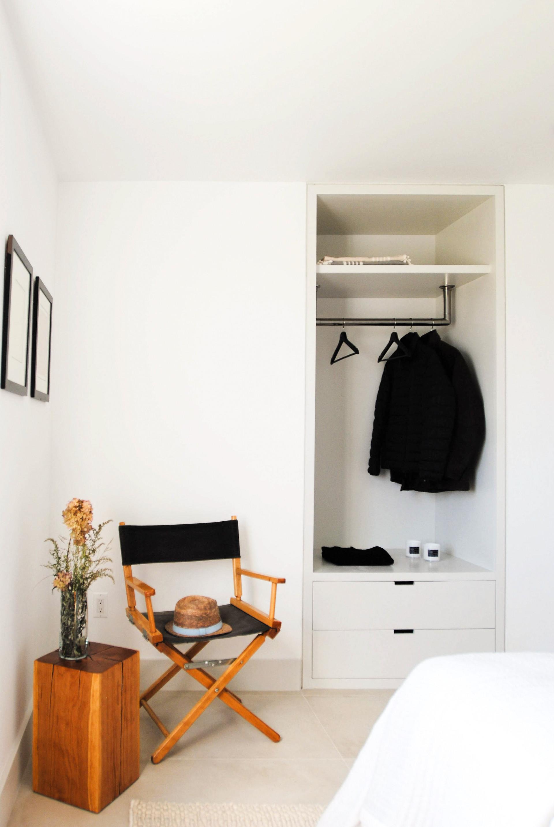 15-H-HOUSE-GUEST-BEDROOM.jpg
