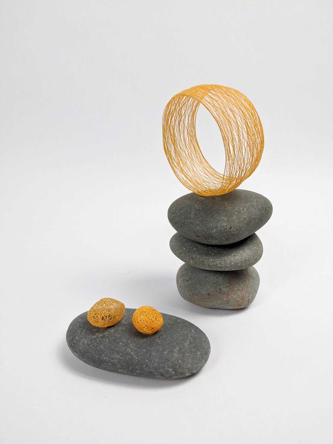 filament-accessories-bracelet-yellow.jpe