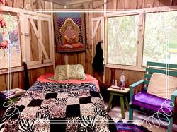 A Bed in Casa Luna
