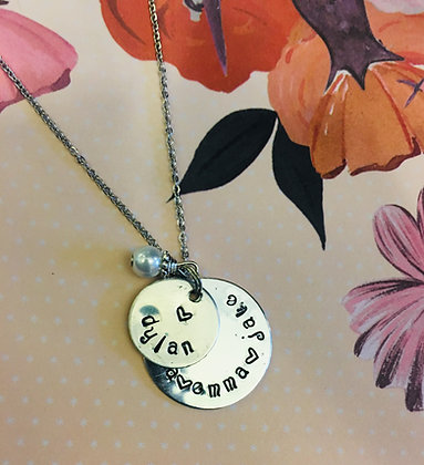 Mother's Circle Name and Heart Pendant Necklace with Pearl Dangle