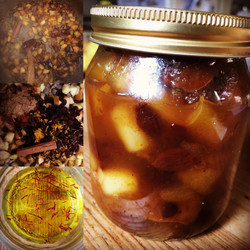 Golden Saffron and Pear Chutney