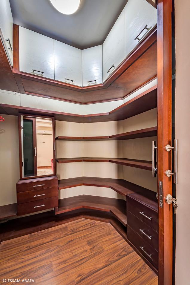 Zayed villa 01-17.jpg