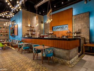 TAVOLA lounge & Restaurant