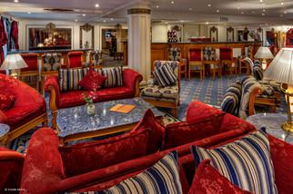 Lounge Bar-5.jpg