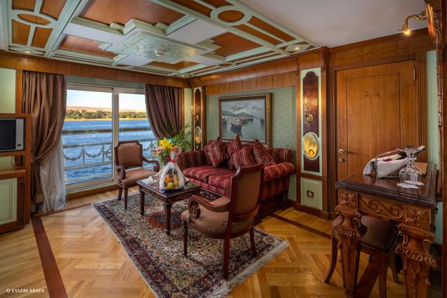 Royal Suite-01.jpg