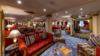Lounge Bar-6.jpg