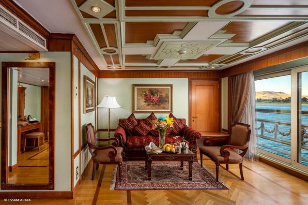 Presidential Suite-02.jpg